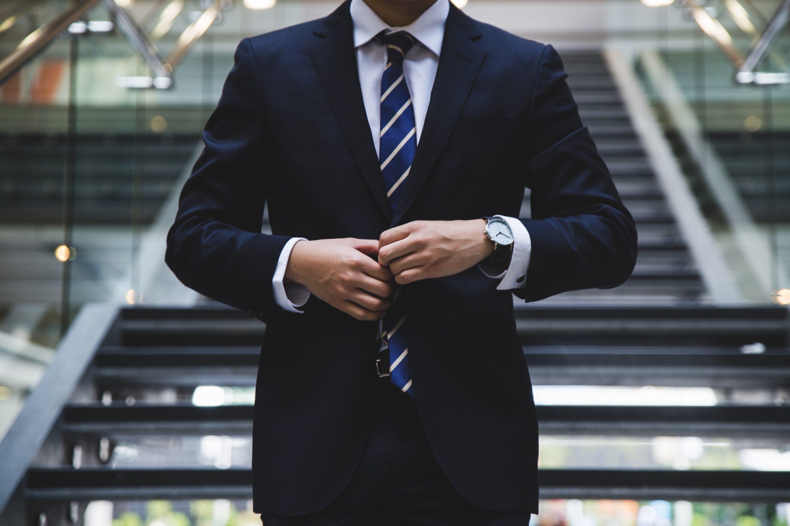 ネットビジネスでの副業で年収アップと将来へリスクヘッジせよ!