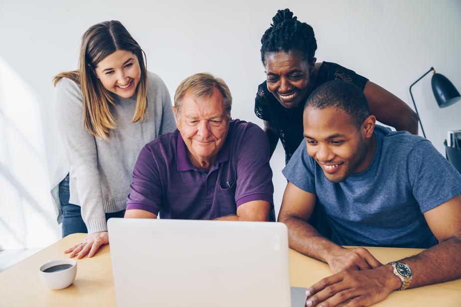 【初心者必見!】パソコンを使った効率の良い稼ぎ方を解説!